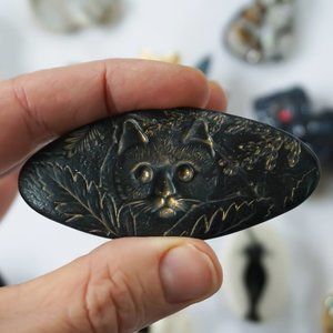 Vintage Cat Brooch / Black and Gold Textured Pin